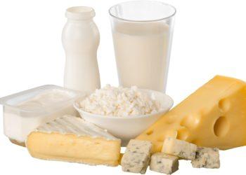 Bei einer Laktose-Unverträglichkeit treten die Beschwerden oft direkt nach dem Verzehr von Milch bzw. Milchprodukten auf. (Bild: BillionPhotos.com/fotolia.com)