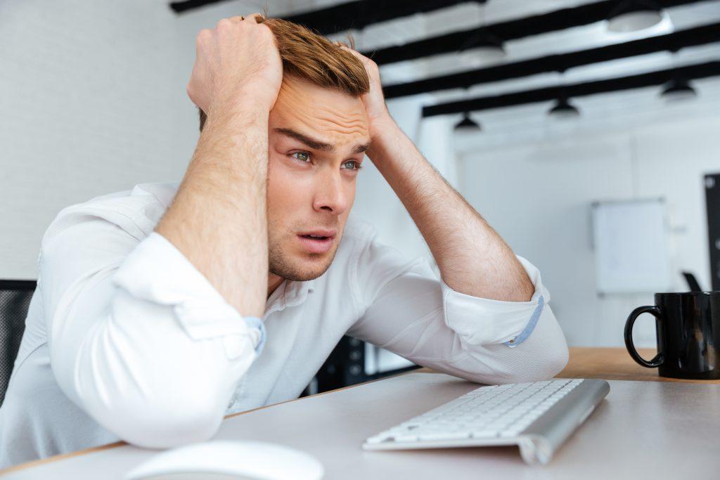 Ob Probleme zu Hause, ungelöste Konflikte oder Ärger im Job: Vielen Menschen schlägt psychischer Stress buchstäblich auf den Magen und führt zu Verdauungsproblemen.(Bild: Drobot Dean/fotolia.com)