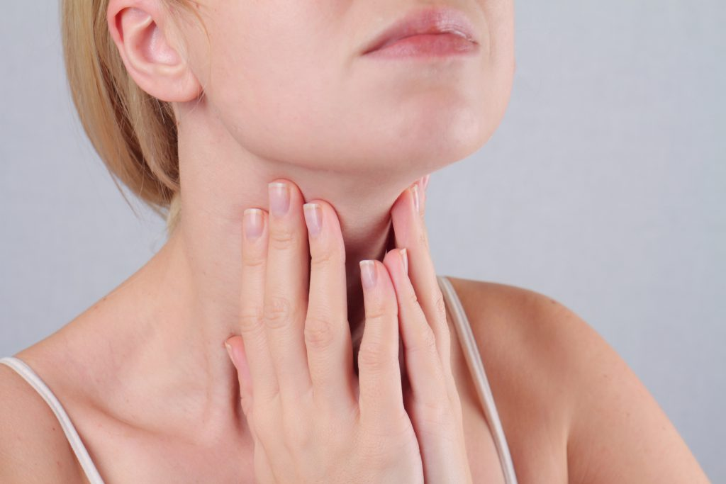 Kinn lymphknoten unterm Geschwollene Lymphknoten