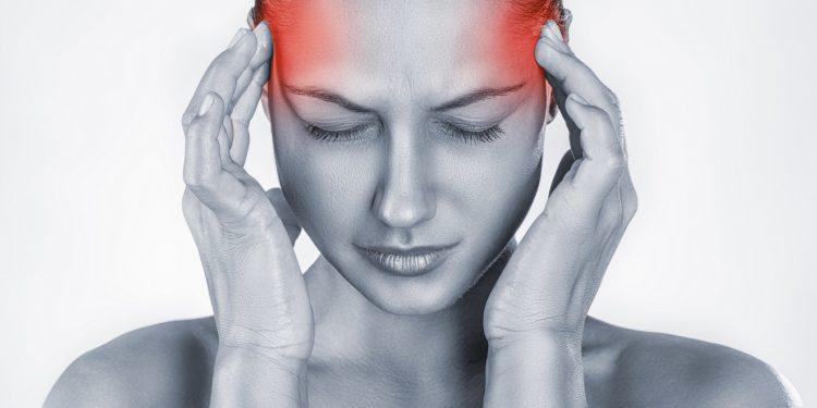 Prellung kiefergelenk Ohrbeschwerden durch
