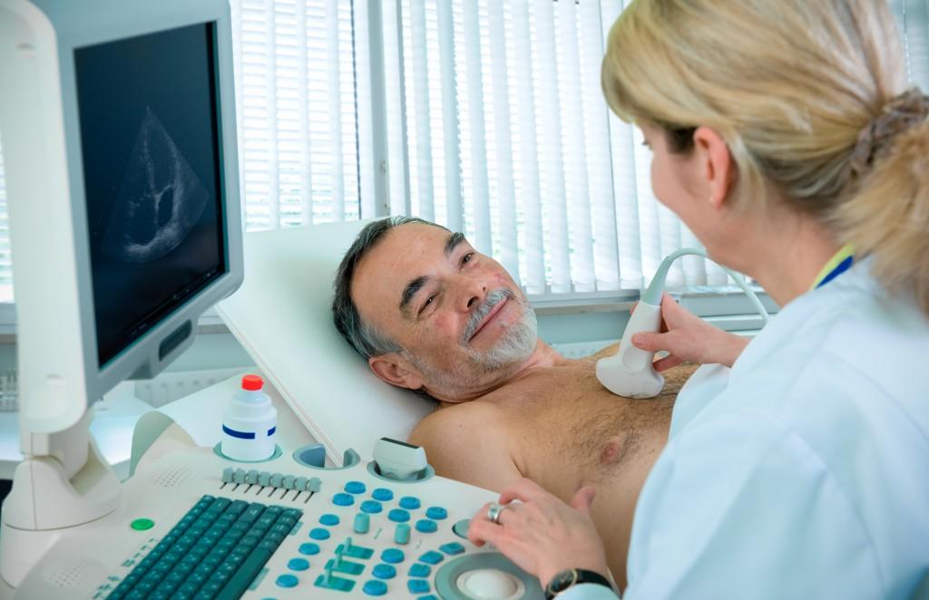 Bei einem Herz-Ultraschall kann der Arzt zum Beispiel Wandverdickungen des Herzens erkennen. (Bild: Alexander Raths - fotolia)