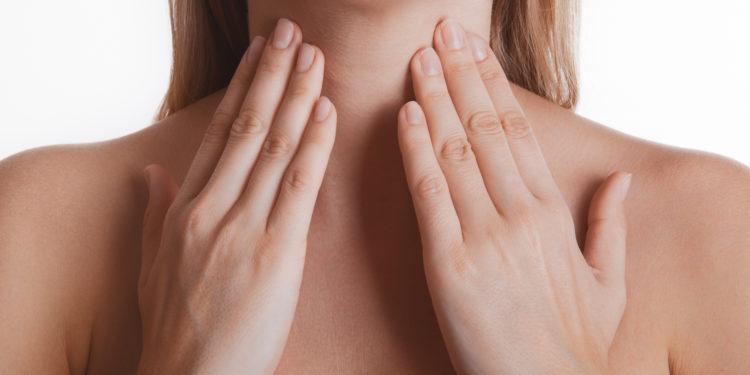 Unterm am hals kiefer schmerzen Geschwollene Lymphknoten