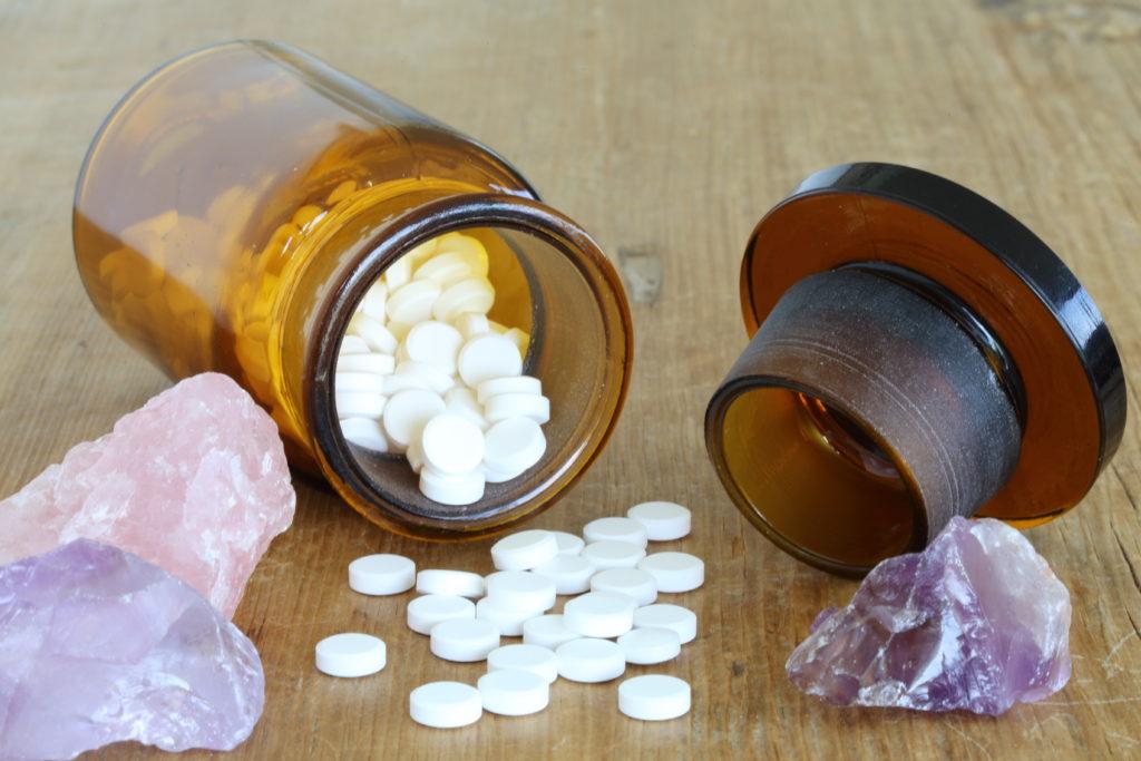 Schüßler-Salz Tabletten und Amethyst
