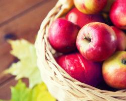 Äpfel enthalten wertvolle Ballaststoffe, die eine positive Wirkung auf Verdauung und Darmgesundheit haben. (Bild: Syda Productions/fotolia.com)