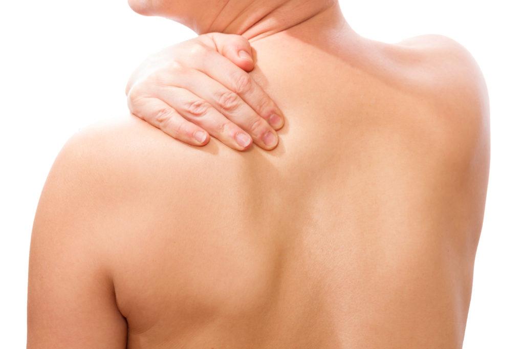 Hängende Schulter - Hängeschultern: Ursachen und Behandlung