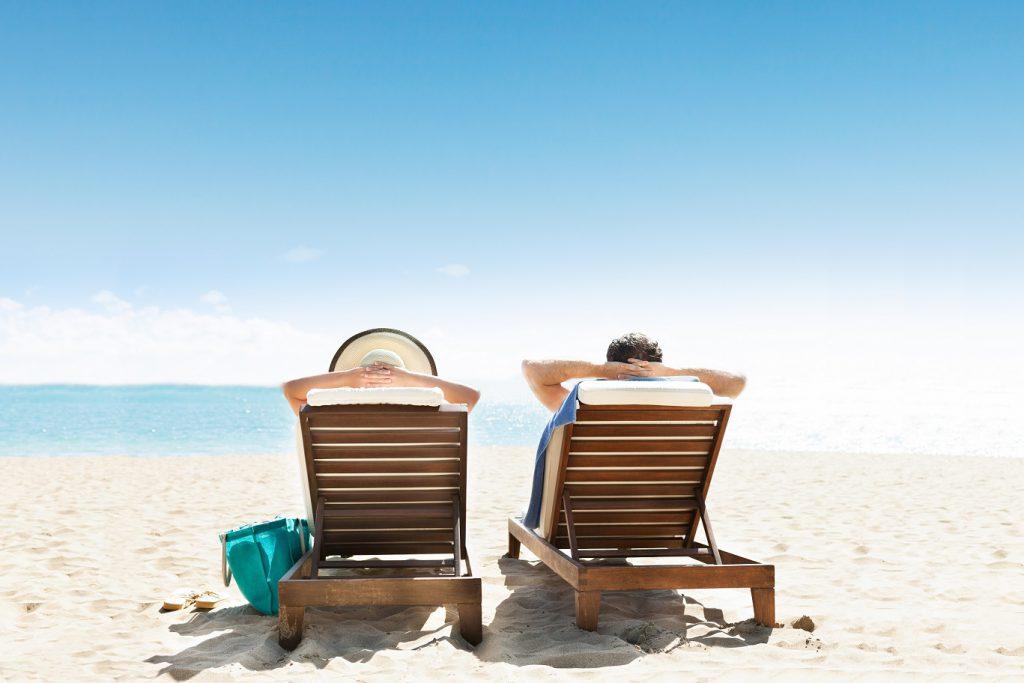 UV-Strahlen können eine Lichtdermatose auslösen. Bei dieser treten einige Zeit nach dem Aufenthalt in der Sonne ein roter Hautausschalg, Bläschen und starker Juckreiz auf. (Bild: Andrey Popov/fotolia.com)