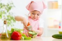 Vegetarische Ernährung für Kinder ist sehr förderlich für die Gesundheit. Bild: Oksana Kuzmina - fotolia