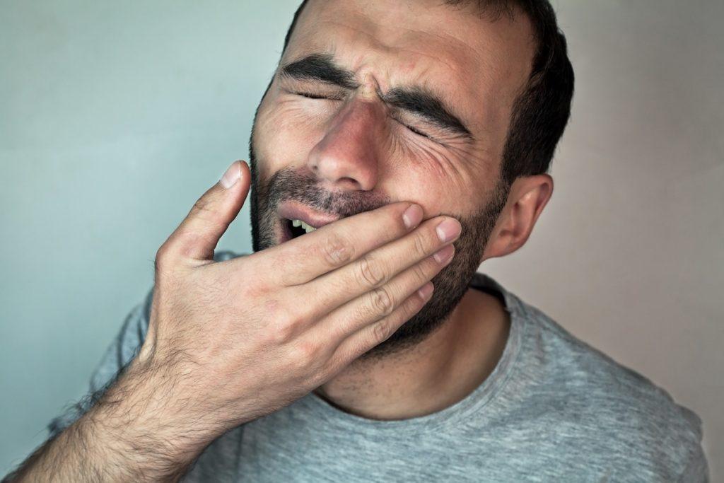Mundbrennen: Brennen im Mund