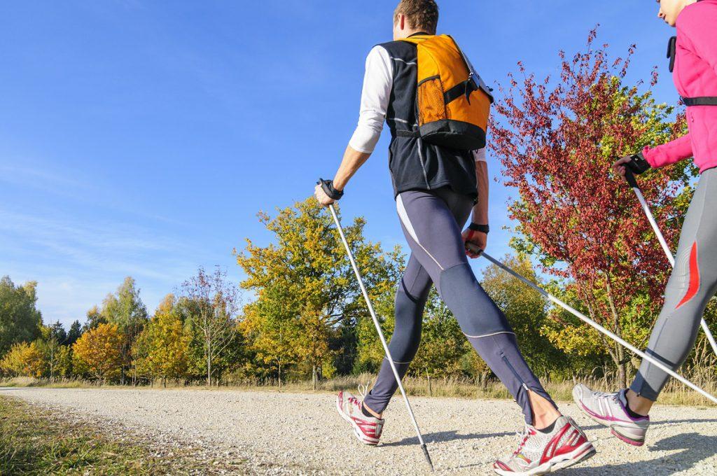 Der Sport bzw. körperliche Aktivität kann der Blutzucker gesenkt werden. (Bild: ARochau/fotolia.com)
