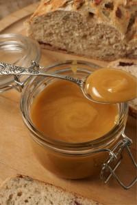 Manuka Honey honey produced in New Zealand and Australia from the nectar of the manuka or tea tree
