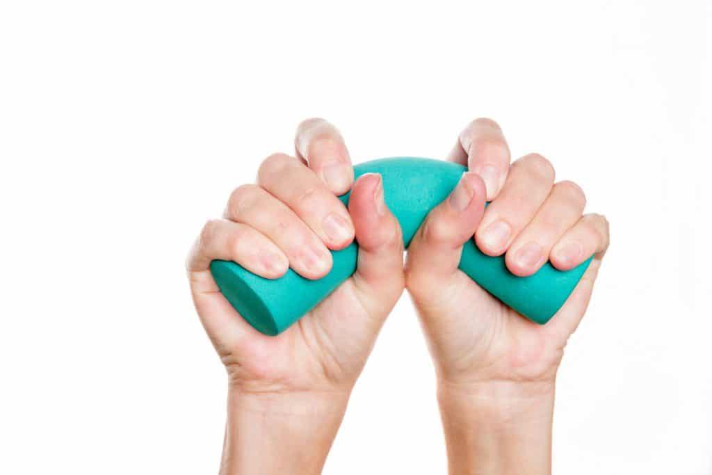 Fingerschmerzen Schmerzen In Den Fingern Ursachen Und Wirksame