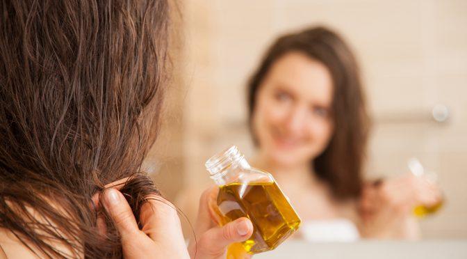 Hausmittel Gegen Trockene Haare
