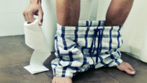 Es gibt viele Formen von Durchfall. Wässriger Stuhlgang ist durch einen besonders hohen Wassergehalt gekennzeichnet. (Bild: nito/fotolia.com)
