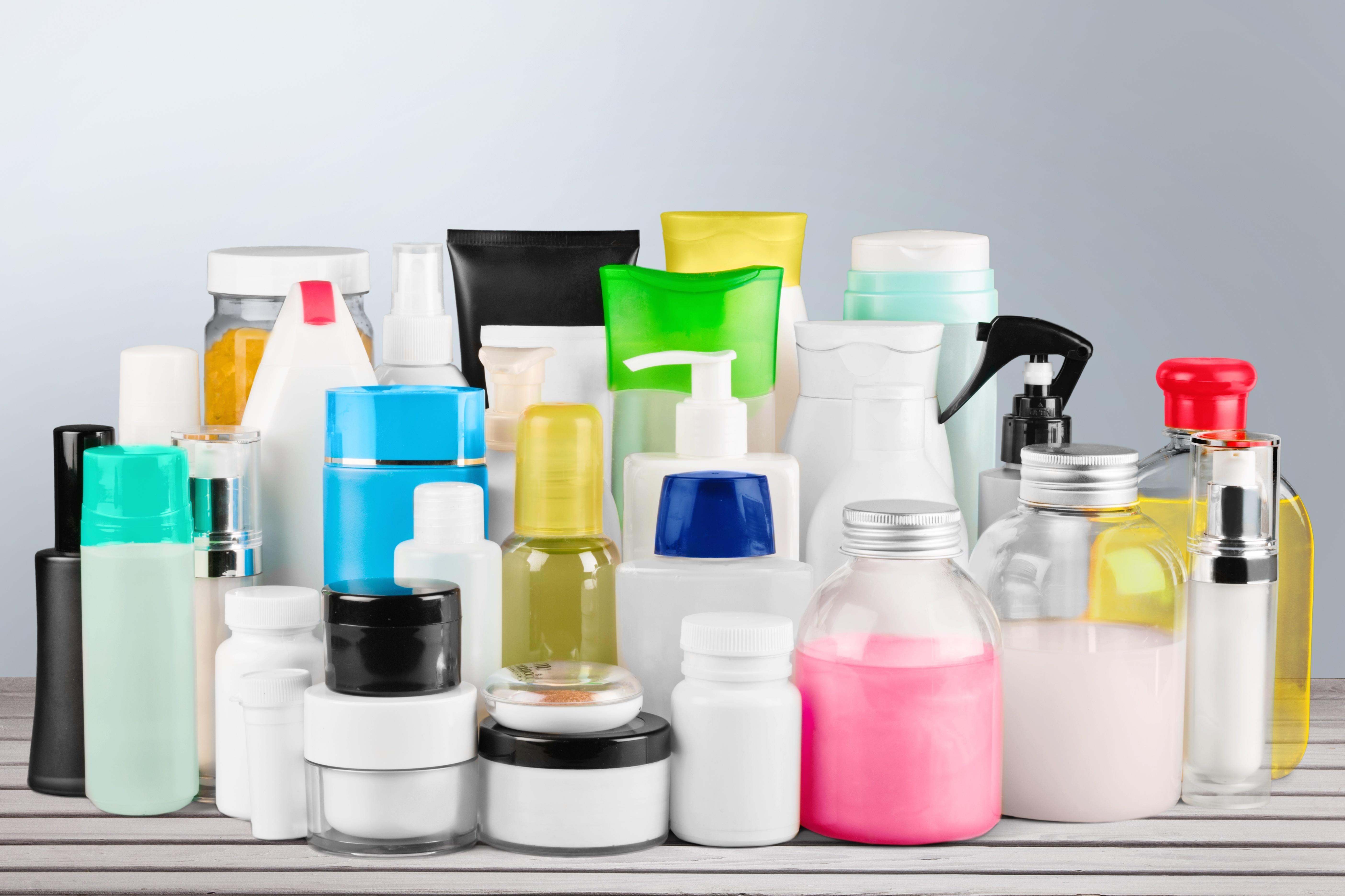 Einige Kosmetik-Produkte mit fragwürdigen Substanzen gefunden. (Bild: Das sind die Krebs-Anzeichen: BillionPhotos.com/fotolia)