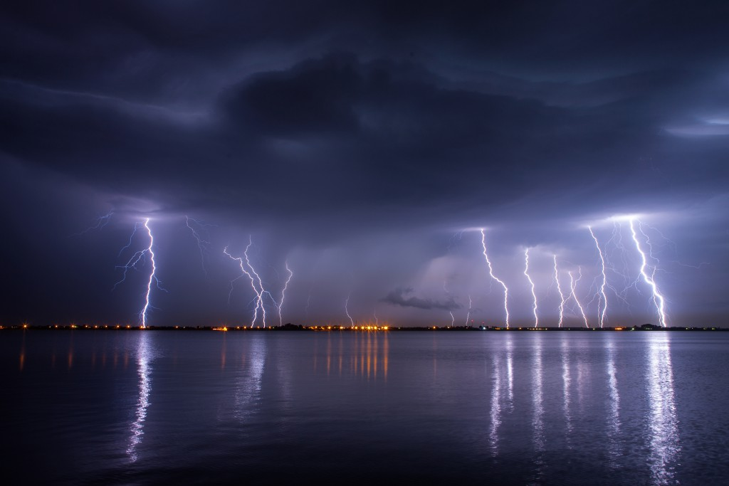 Jeder Vierte vom Blitz Getroffene stirbt an den Folgen. (Bild: danmir12)