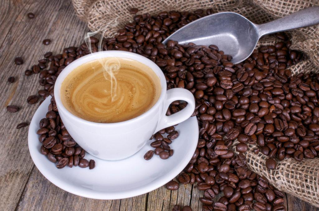 Nicht mehr als vier Tassen Espresso pro Tag. (Bild: grafikplusfoto/fotolia)