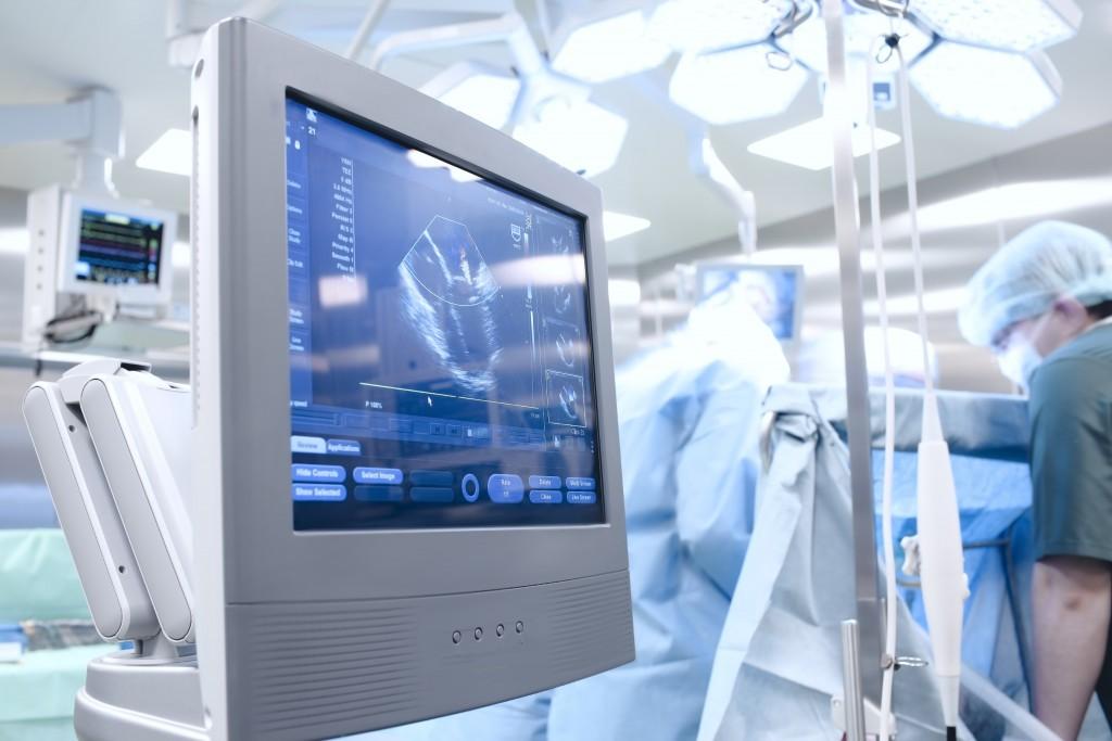 Transplantation eines Kopfes? Ein Neurochirurg will es wagen und erntet dafür viel Kritik von seinen Kollegen. (Bild: sudok1/fotolia)