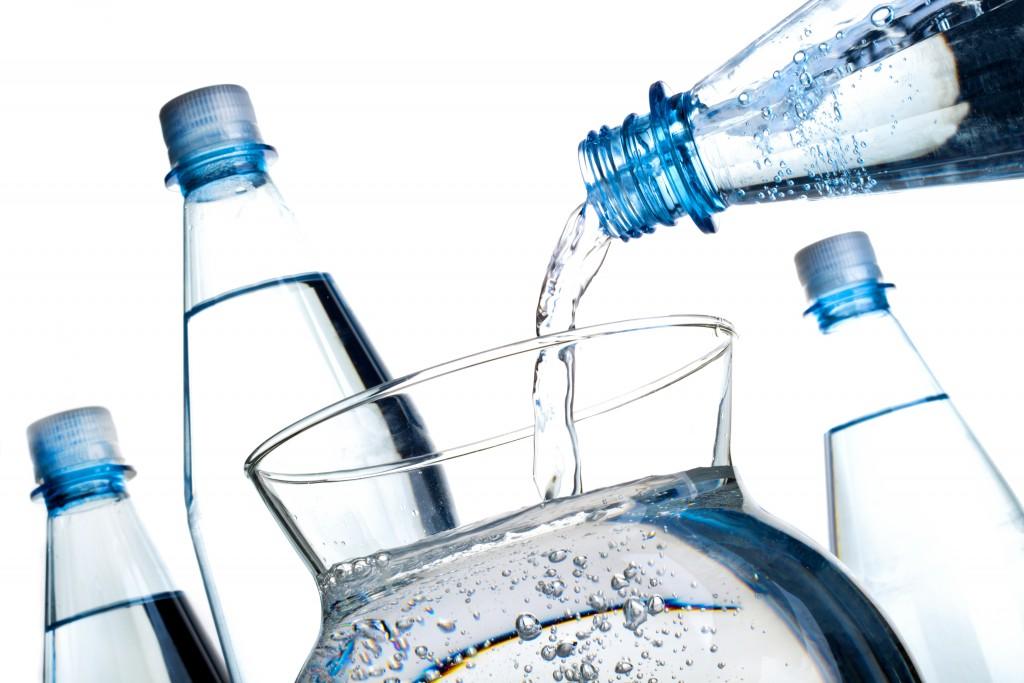 Leitungswasser meistens genauso qualitativ wie Mineralwasser. (Bild: v.poth/fotolia)