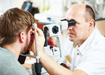 Untersuchung beim Augenarzt