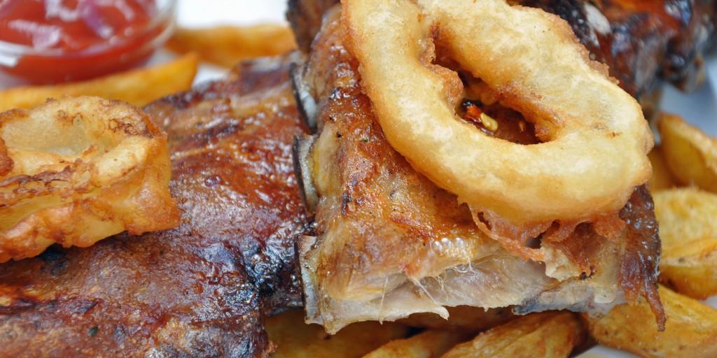 Transfette lauern vor allem in Fastfood-Speisen. Bild: photo 5000 - fotolia