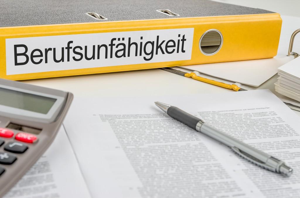Gute Noten für Berufsunfähigkeitsversicherungen. Bild: Zerbor - fotolia