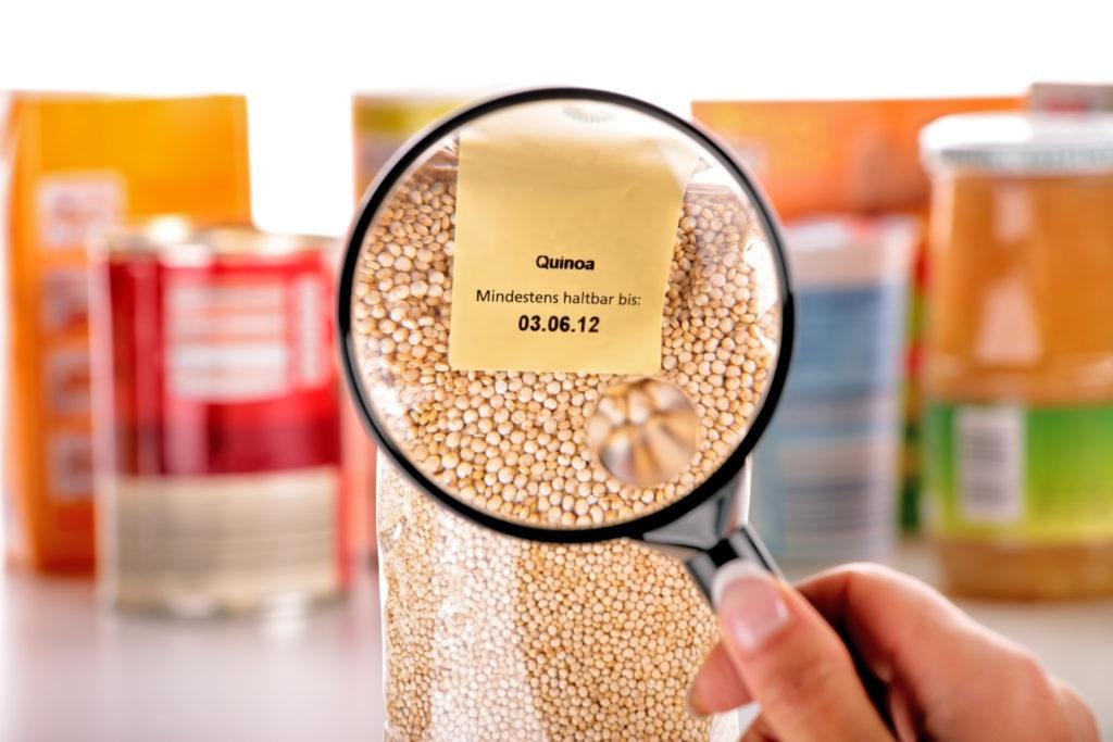 Die Haltbarkeit der Lebensmittel ist sehr unterschiedlich. (Bild: fovito/fotolia.com)