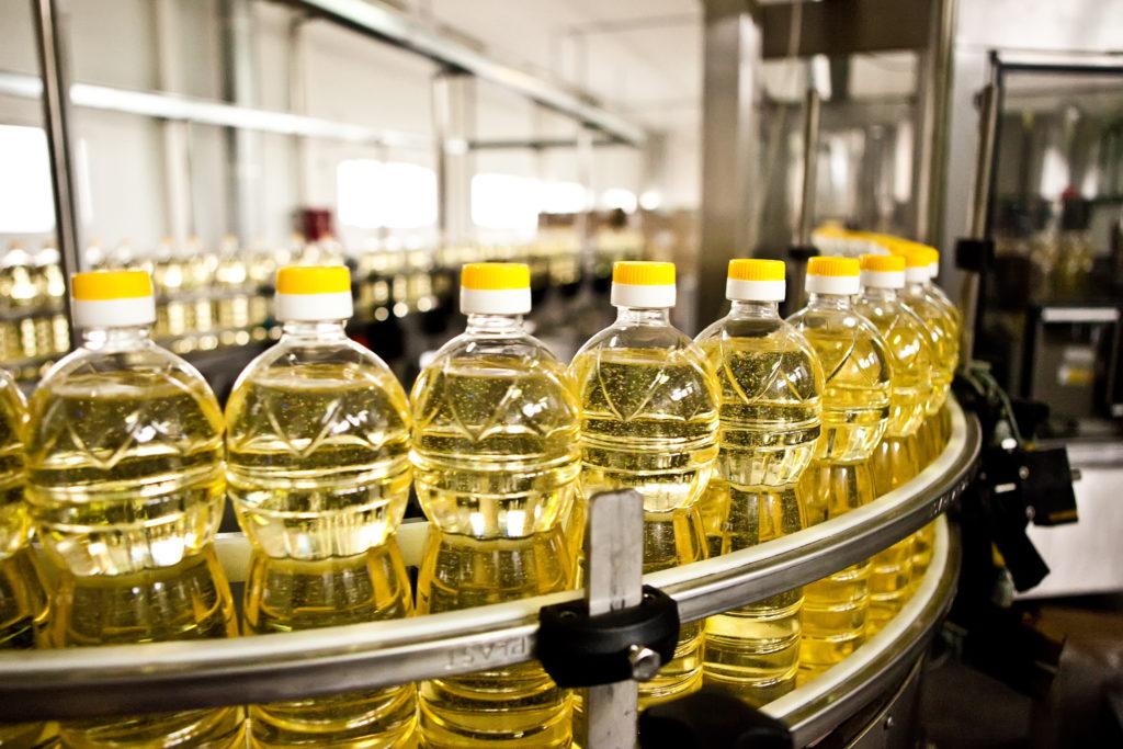 Speiseöle im Test: Viele Produkte können nicht überzeugen. (Bild: sarymsakov.com/fotolia.com)