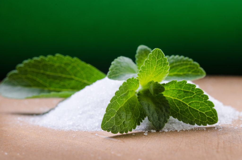 Stevia hat sich als Zuckerersatz bislang nicht durchgesetzt. (Bild: Daniele Depascale/fotolia.com)