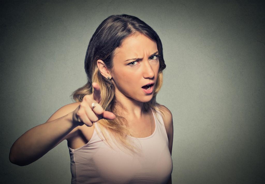 Das soziale Verhalten von Frauen leidet bei hohem Östrogenspiegel. (Bild: pathdoc/fotolia.com)