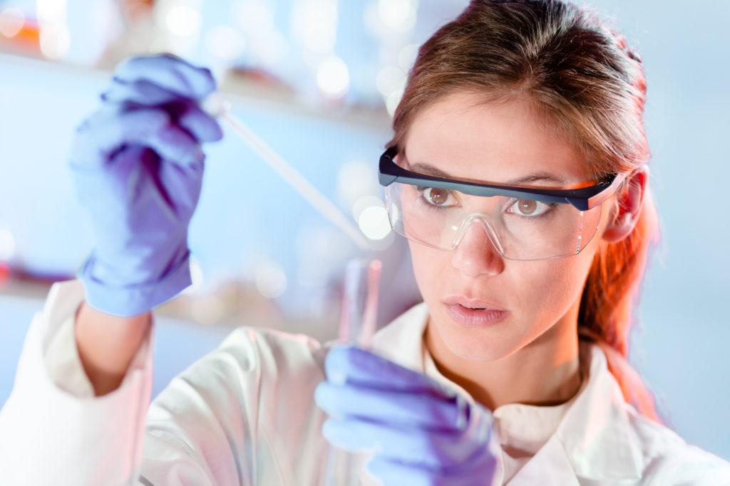 Frauen sind bei Arzneimitteltests zu wenig vertreten. (Bild: kasto/fotolia.com)
