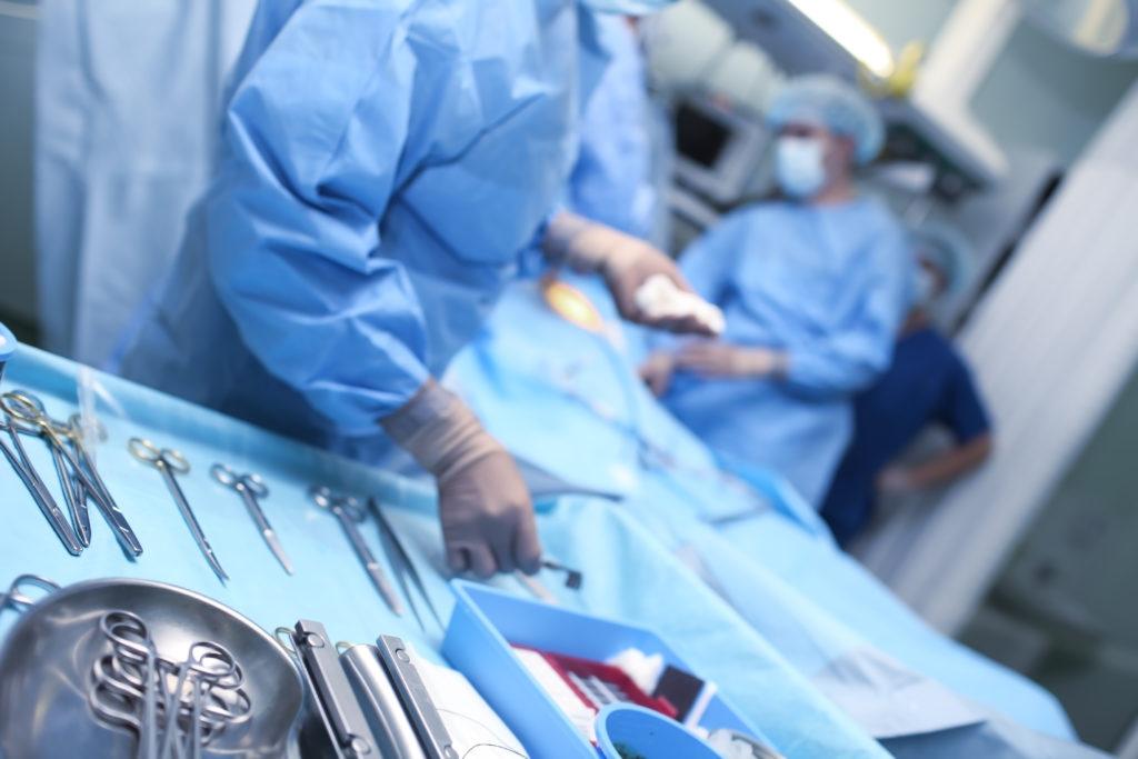 Die Zahl der Operationen in deutschen Kliniken ist erneut deutlich gestiegen. (Bild: sudok1(/fotolia.com)