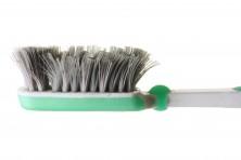 Zahnbürsten regelmäßig auswechseln. Bild: fotomatrix - fotolia