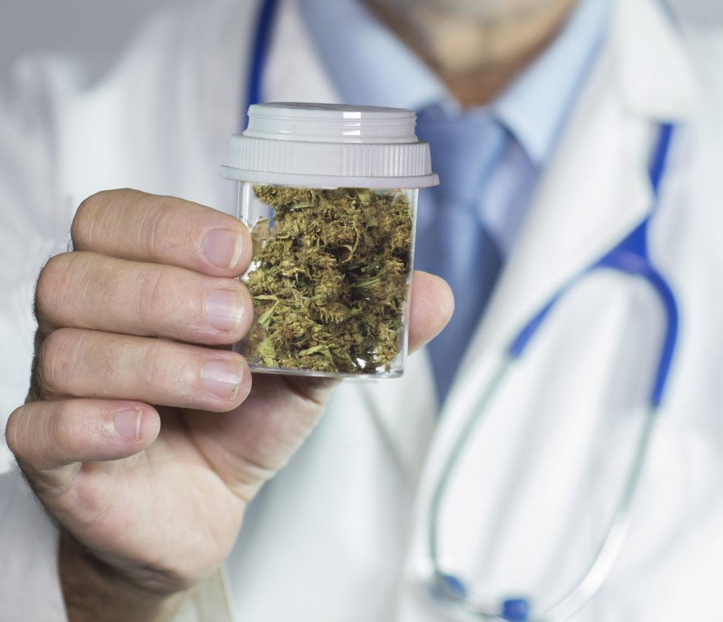 Cannabis eignet sich sehr gut als Schmerzmittel. Nebenwirkungen sind so gut wie keine vorhanden. Bild: William Casey - fotolia