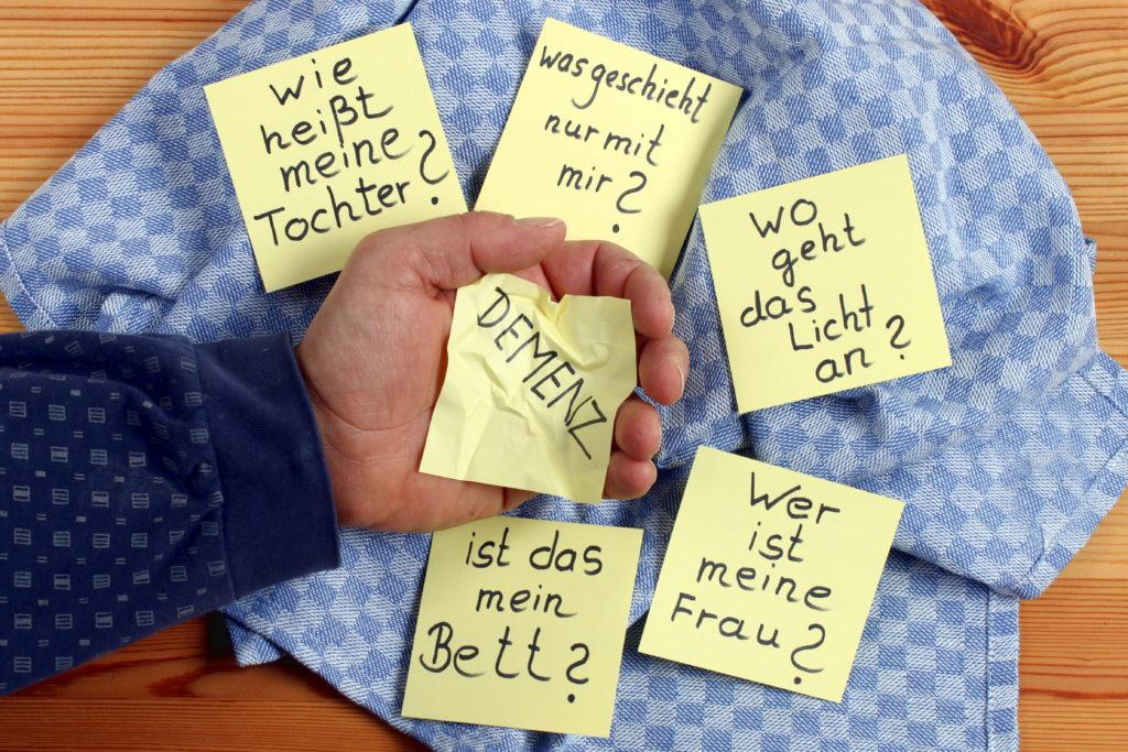 Erste Hinweise auf Demenz ernst nehmen. Bild: Osterland - fotolia