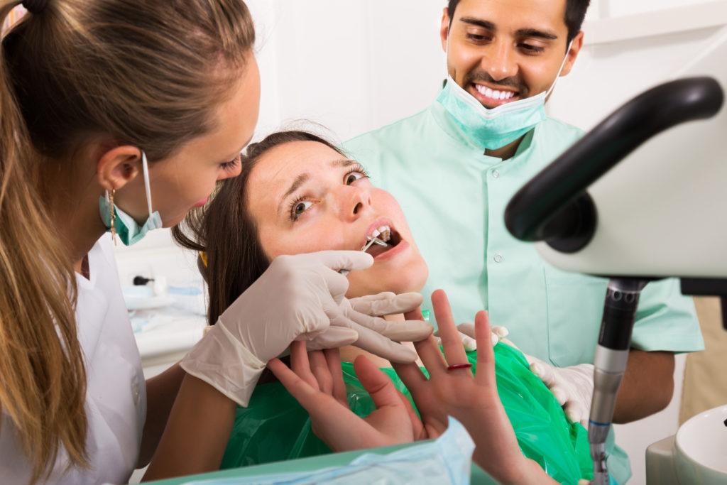 Ein guter Zahnarzt: Wie ist dieser für Patienten zu erkennen? Bild: JackF - fotolia