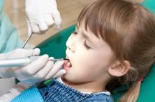 Karies: Immer mehr Kinder betroffen. Bild:  annadanilkova22 - fotolia