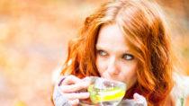 Natürliche Selbstbehandlung bei einem grippalem Infekt. Bild: drubig-photo - fotolia