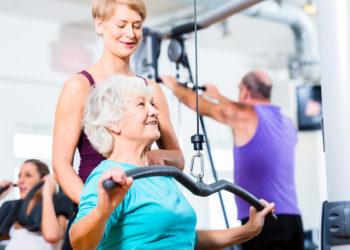 Bei der Auswahl des Fitnessstudios sollte auf  die gesundheitssportliche Ausrichtung geachtet werden . (Bild: Kzenon/fotolia.com)
