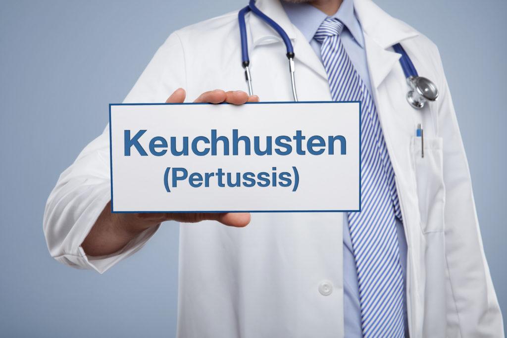 Keuchhusteninfektionen betreffen vermehrt auch Erwachsene. (Bild: Coloures-pic/fotolia.com)