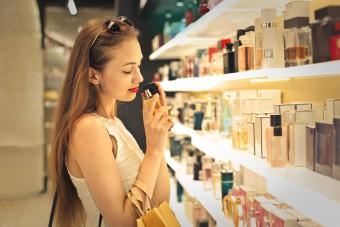 Künstliche Duftstoffe können für Asthma-Patienten gefährlich werden. (Bild: olly/fotolia.com)