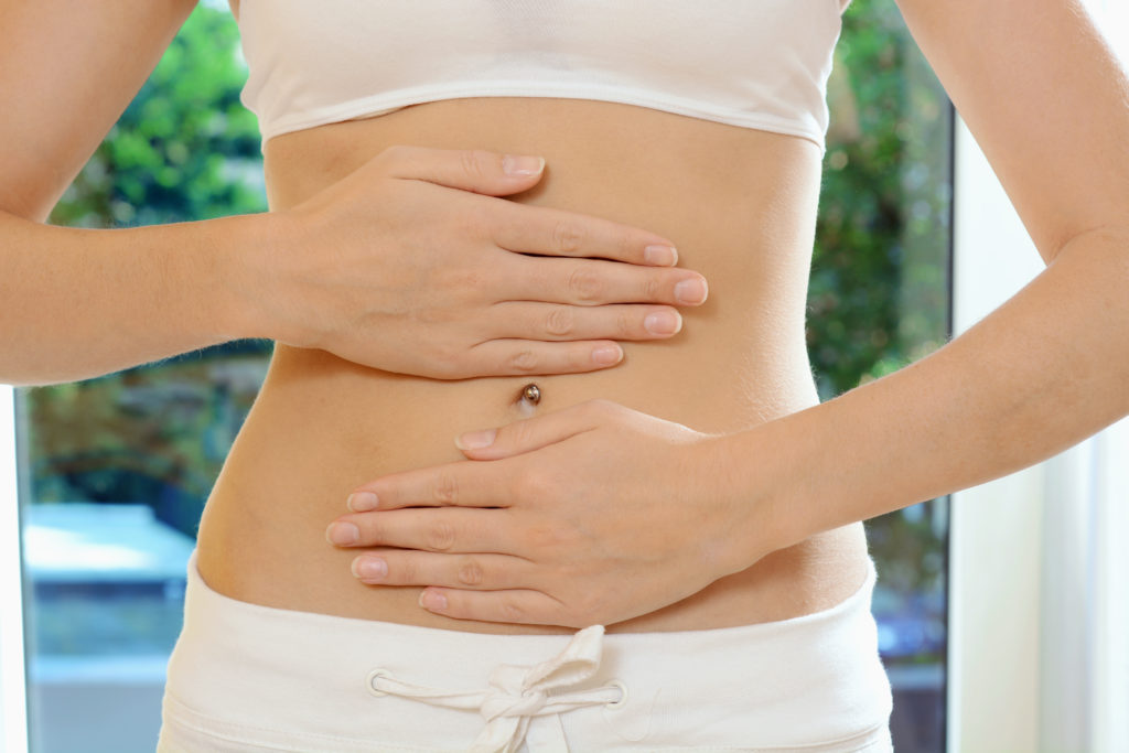 Brust- und Bauchschmerzen können auf Sodbrennen zurückgehen. (Bild: Dan Race/fotolia.com)