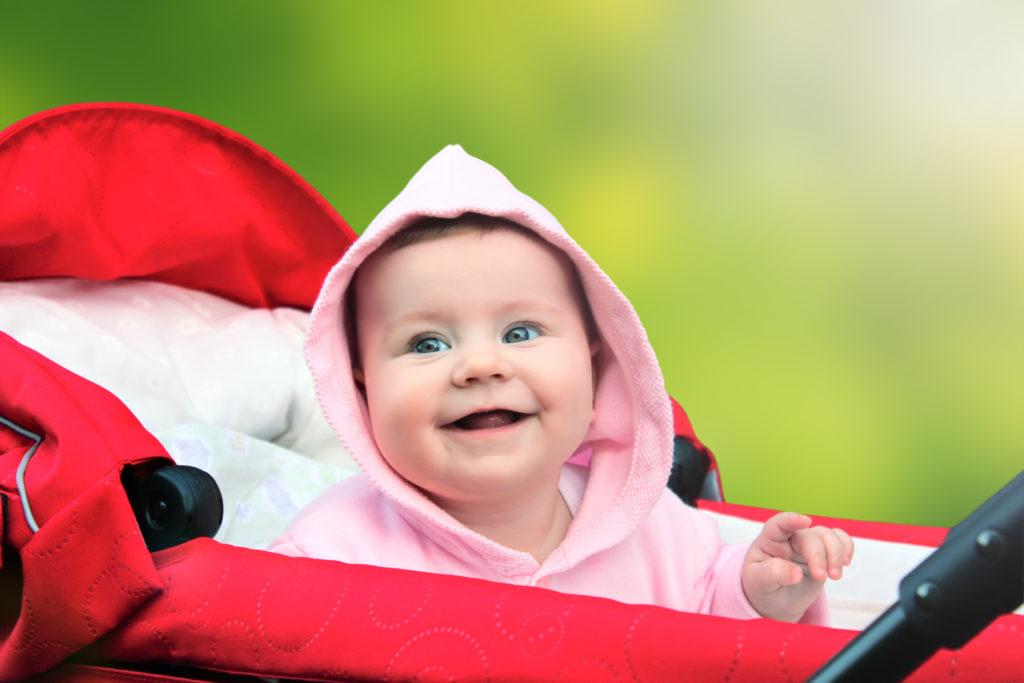 Geburtstermine im Sommer haben offenbar Vorteile für die spätere Gesundheit des Kindes. (Bild: Ellen Parik/fotolia.com)