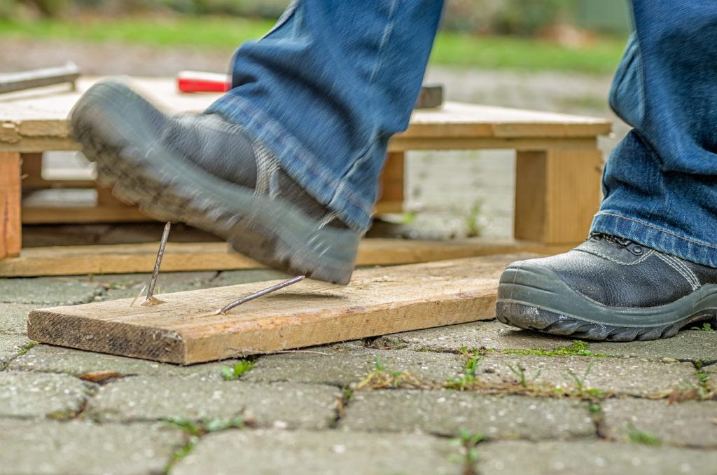 Typischer Arbeitsunfall. Bild: Zerbor - fotolia