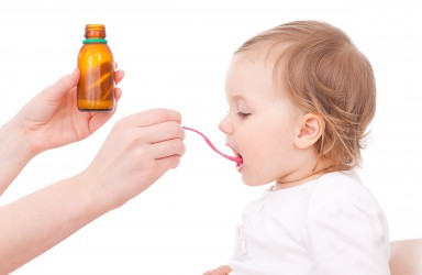 Codein-Hustensaft für Kinder unter 12 Jahren verboten. Bild: detailblick-foto - fotolia