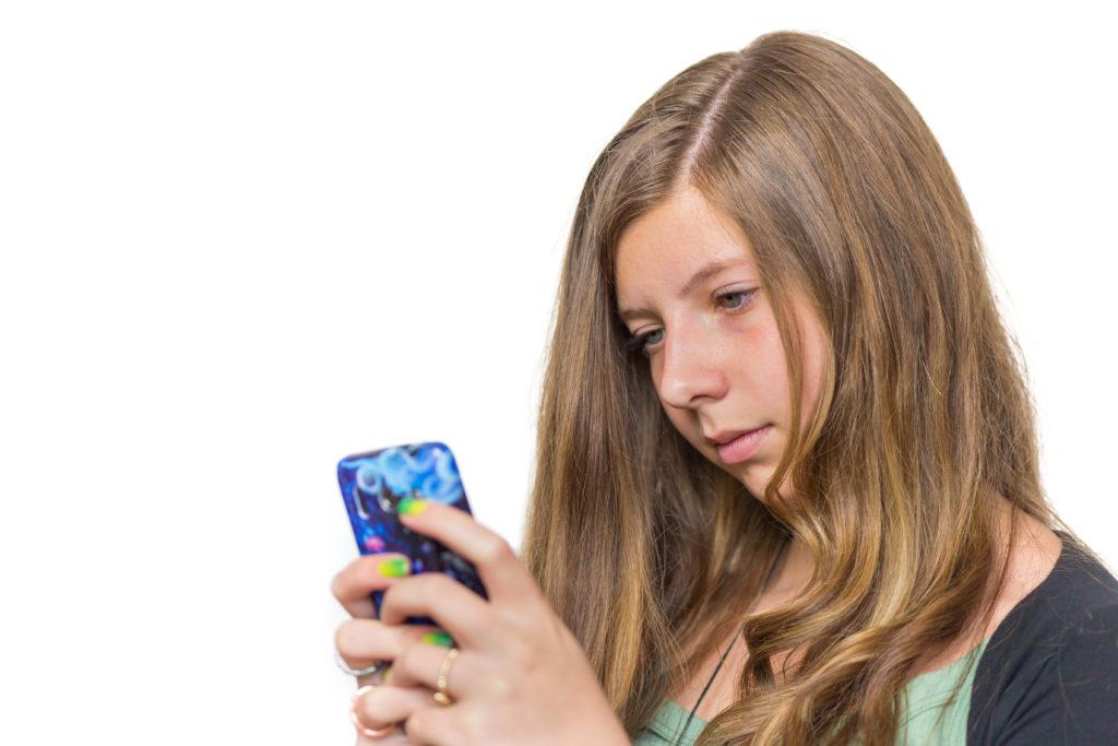 Jugendliche und Kinder leiden unter täglichem Kommunikationsstress. Bild: benschonewille - fotolia