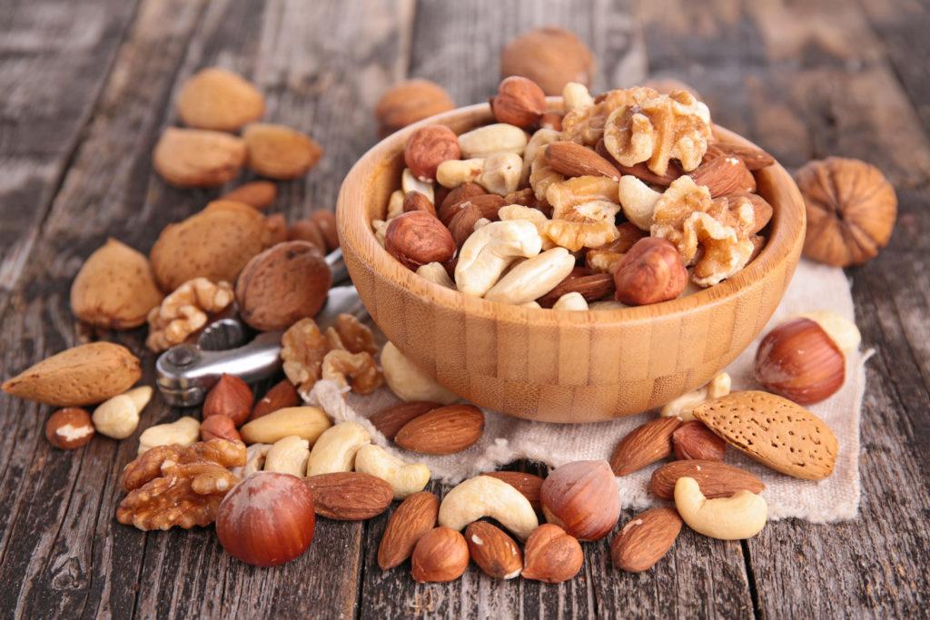 Gesunde Nüsse ganz leicht geknackt. Bild: M.studio- fotolia