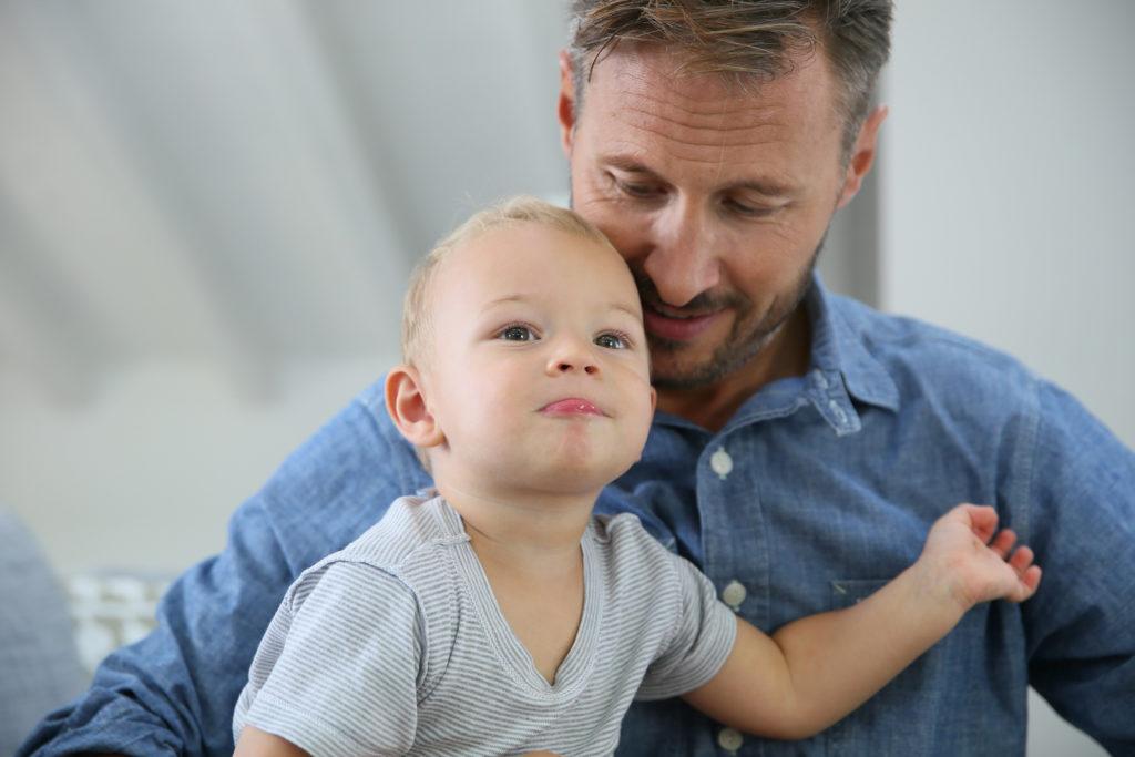 Wissenschaftlich unerklärlich: Vater ist laut DNA gleichzeitig Onkel. Bild: goodluz - fotolia