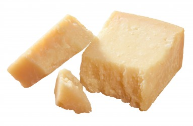 Hartkäse wie Parmesan enthält wenig Lakktose und kann als Alternative bei Laktose-Intoleranz dienen. (Bild: Xavier/fotolia.com)