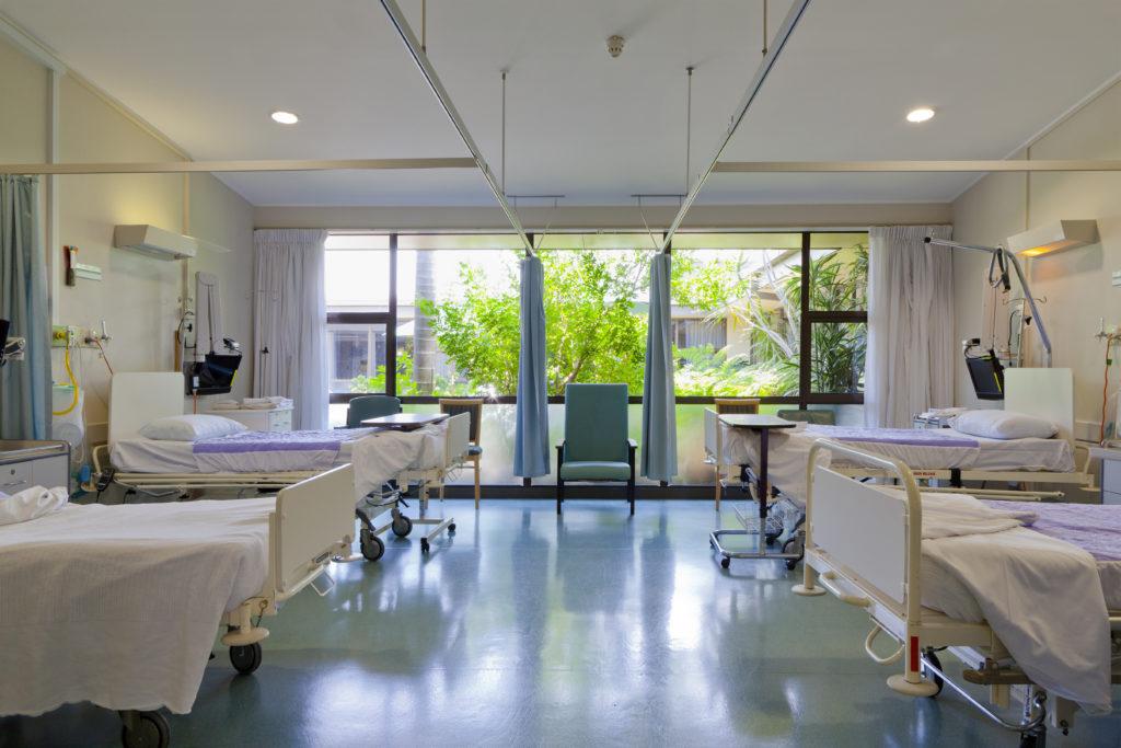 Die fehlenden Fördergelder haben einen hohen Investitionsstau bei den Kliniken zur Folge. (Bild: EPSTOCK/fotolia.com)