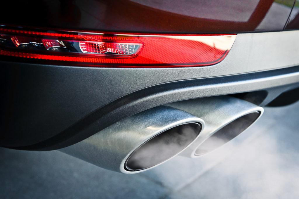 Autoabgase schädigen unsere Kinder. Bild: Rasulov - fotolia